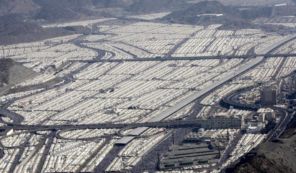 Hadža laikā, Minas ielejā apmetas 2,5 miljoni svētceļnieku