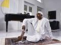 Jau profesionālas karjeras laikā Hakīms sāka piekopt šķīstu dzīvi, daudz laika veltot Kurānam un lūgšanam. Viņš kļuva par NBA 1995. g. februāra vērtīgāko spēlētāju pat visu mēnesi aizvadot gavēnī