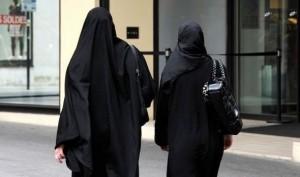 burqa-Islam-Muslim-veil-religion-580454