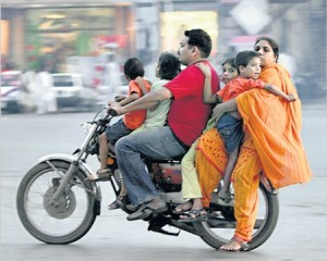 Pakistan-Bike-Family-450x360
